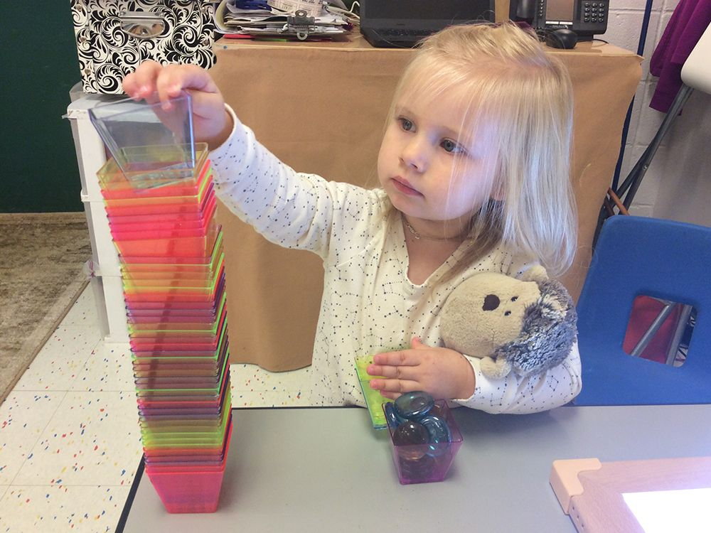 Twos Cup Stacking